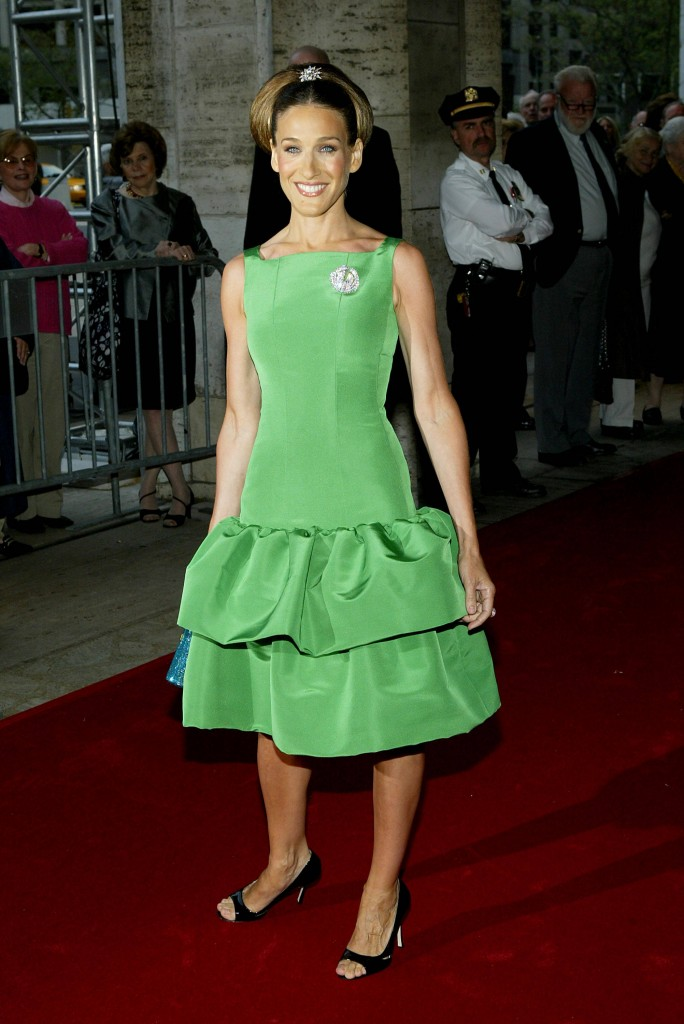 Standing Out In Green Oscar De La